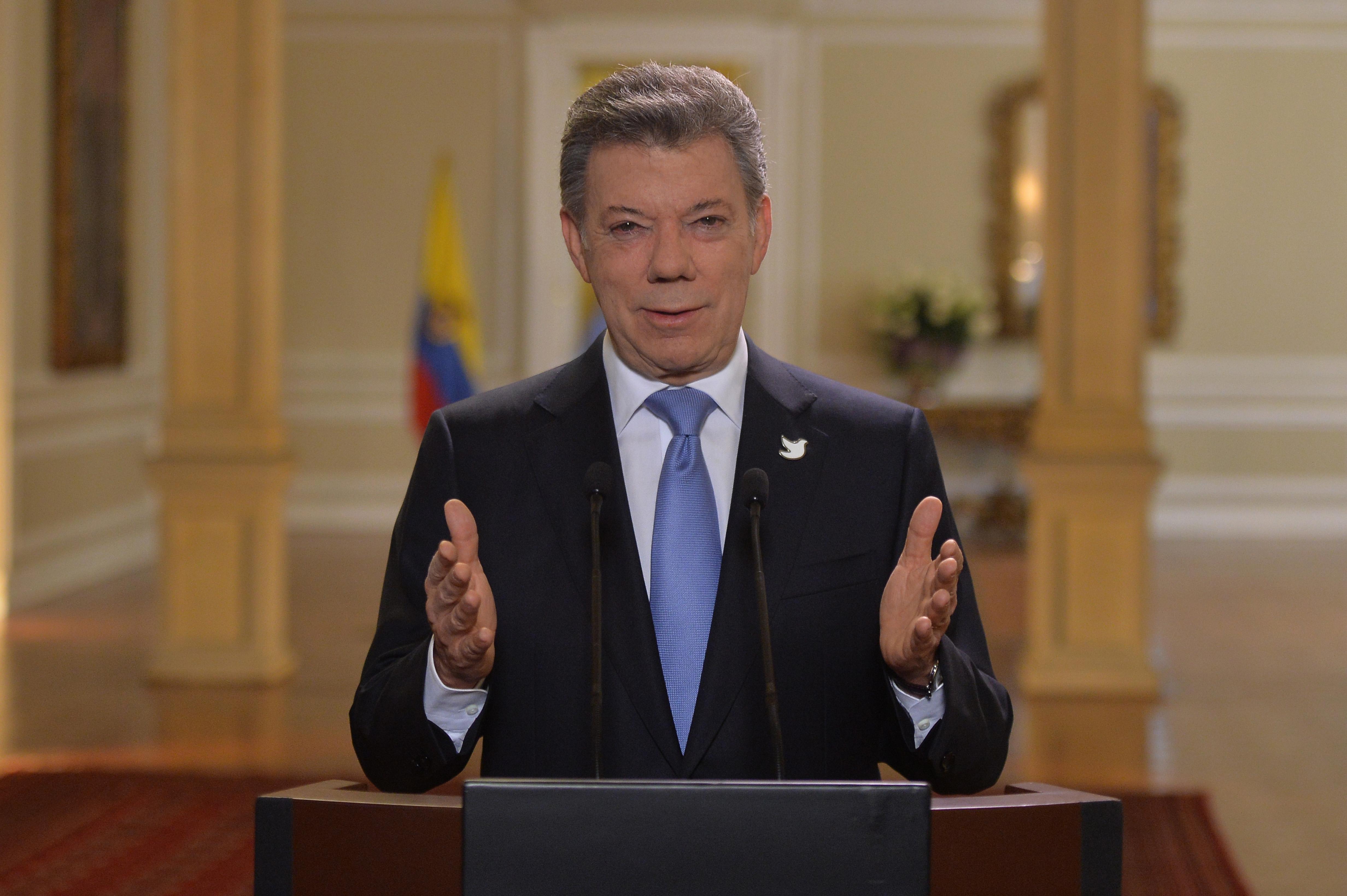 Presidente Santos invitó a los colombianos al optimismo y a trabajar unidos para lograr un nuevo país con paz, equidad y mejor educado