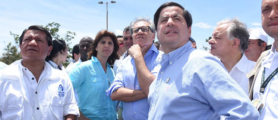 El Defensor del Pueblo, la Canciller, el Secretario General de la OEA y el Ministro del Interior durante su visita a Cúcuta