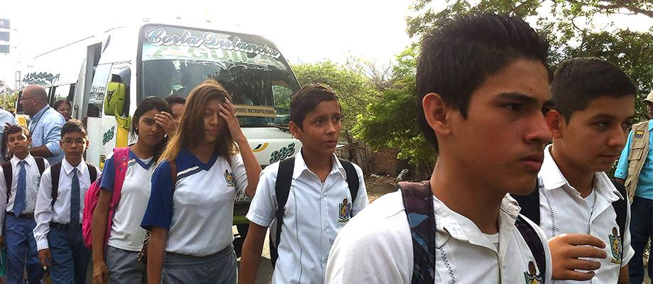 Gracias al corredor humanitario, 36 niñas, 20 niños y 11 universitarios que viven en Venezuela y estudian en Colombia son los primeros en regresar a clases en Norte de Santander2