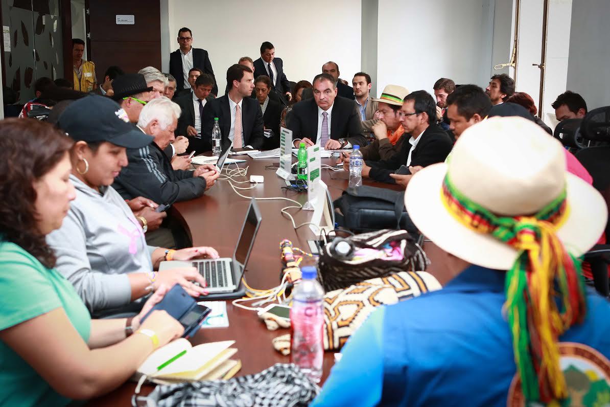 MinAgricultura mantiene diálogo social con organizaciones campesinas