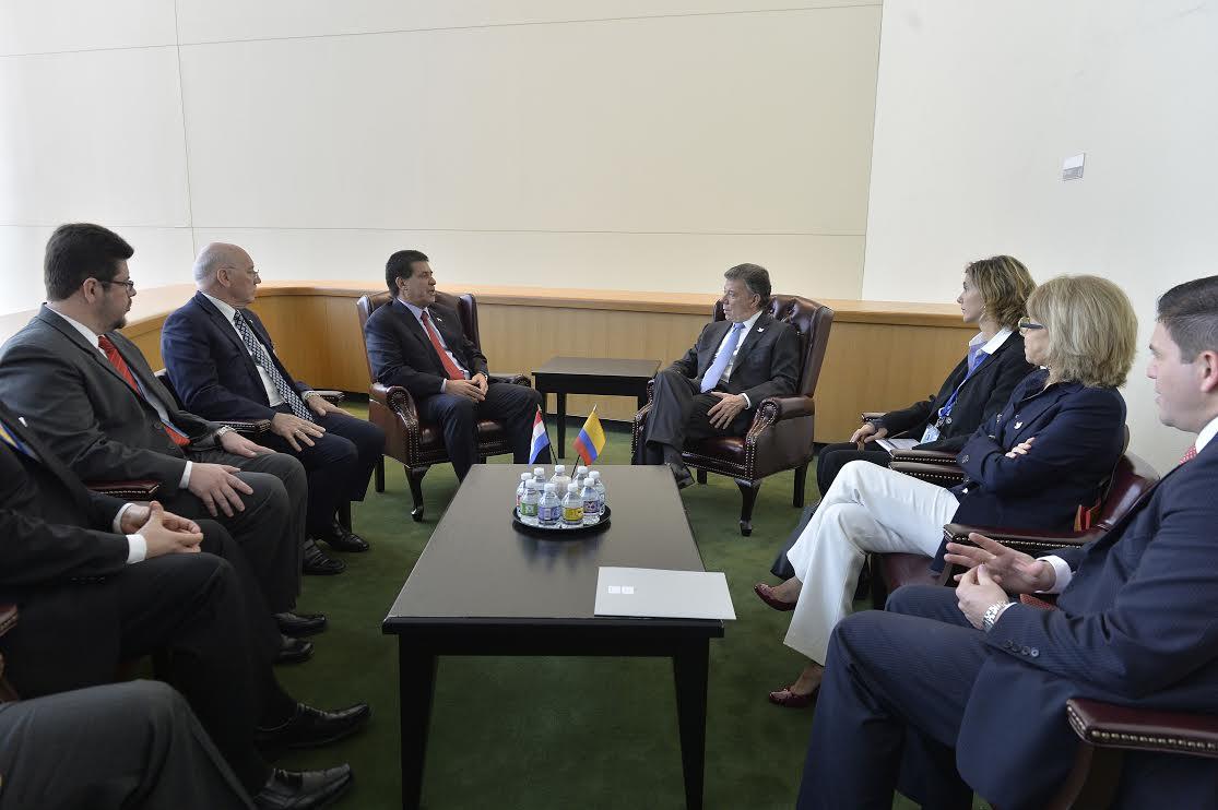 Reunión bilateral de los presidentes de Colombia y Paraguay2