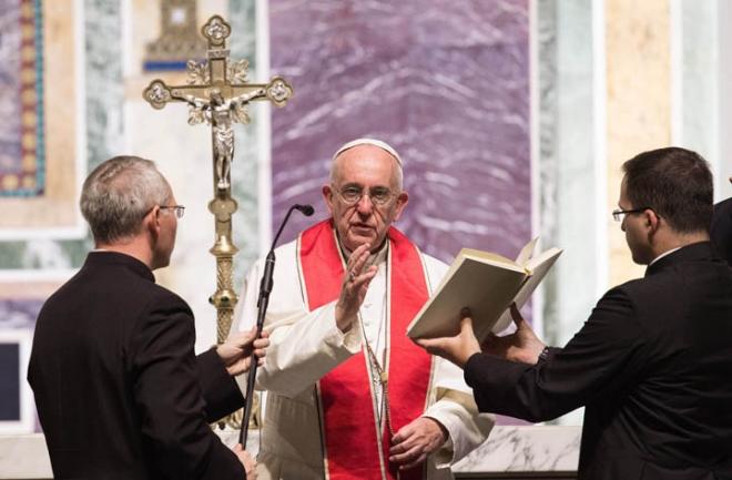 papa Francisco oficia una misa en español en Washington