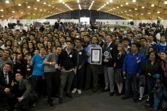 Bogotá logró Guinness Record en robótica educativa