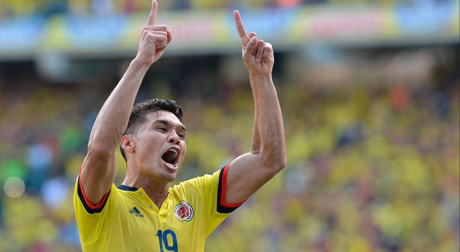 Colombia derroto a Peru 2-1A
