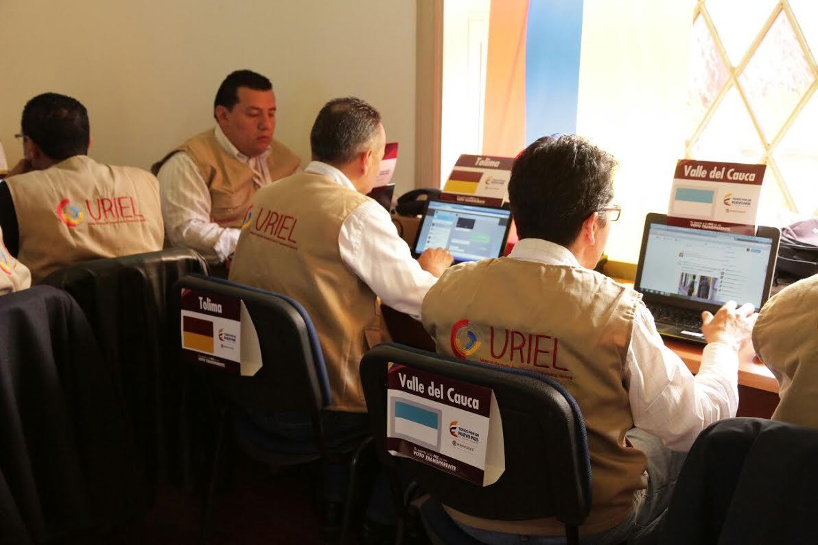 El ministro Juan Fernando Cristo hace presencia en el  Puesto de Mando Unificado, PMU,6