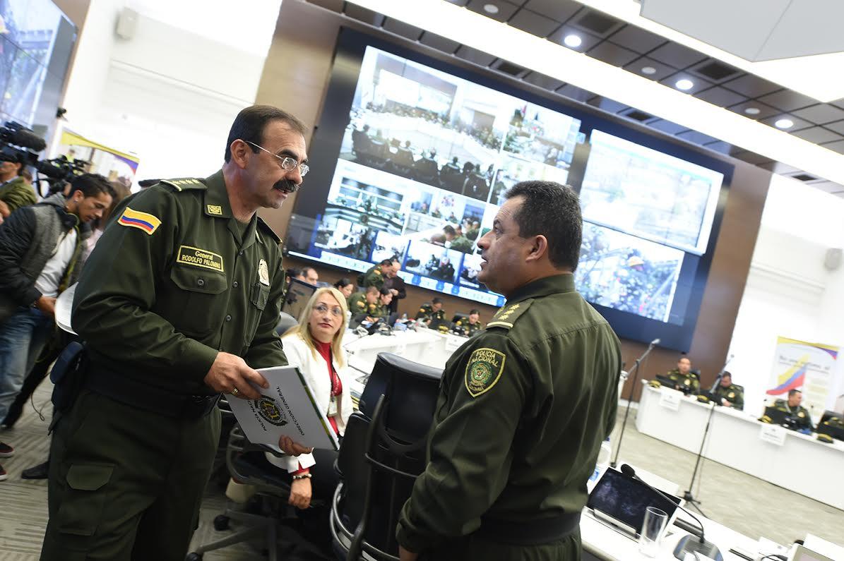 sala estrategia de la Policía Nacional el ministro de defensa Luis Carlos Villegas 7