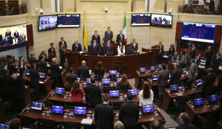 Plenaria del Senado031115