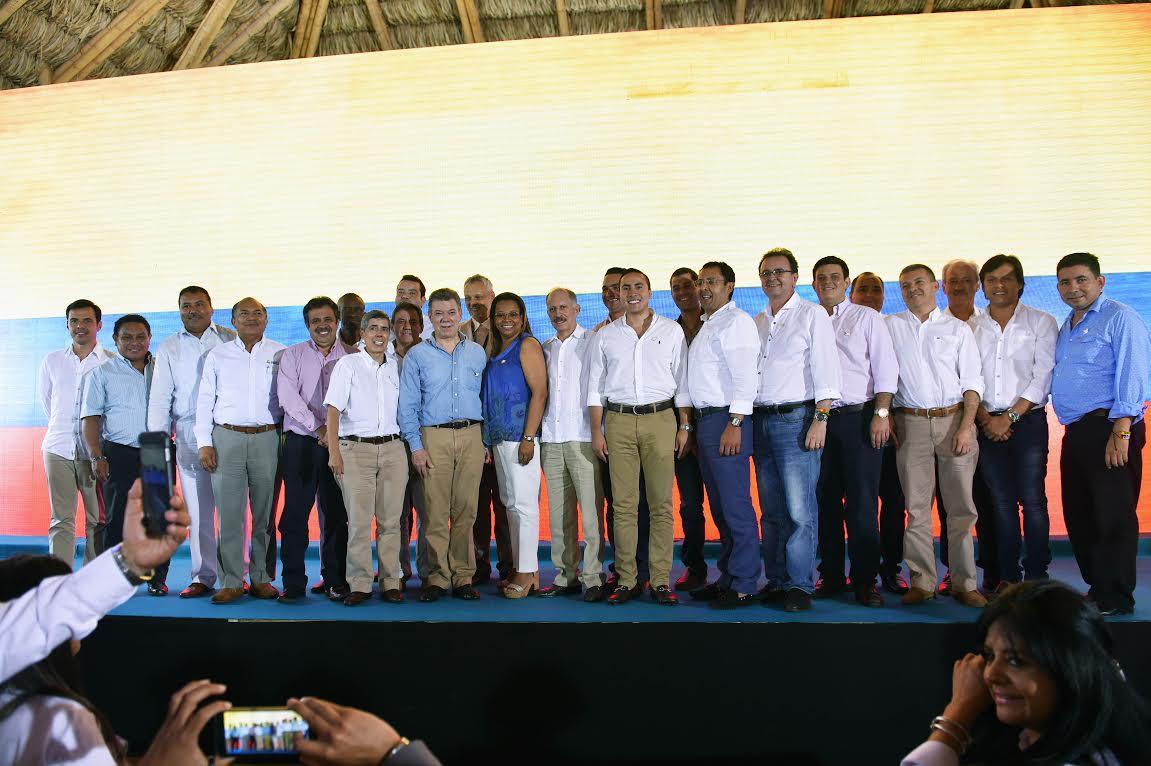Presidente Juan Manuel Santos con los gobernadores
