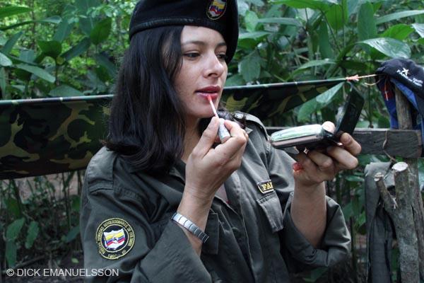 Mujeres en la FARC