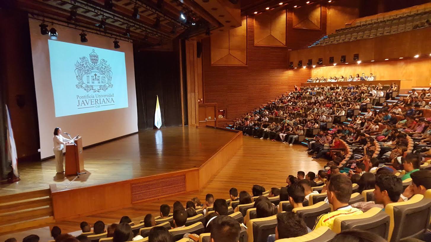 443 Becarios del gobierno nacional ingresan a la Pontificia Universidad Javeriana Cali 2