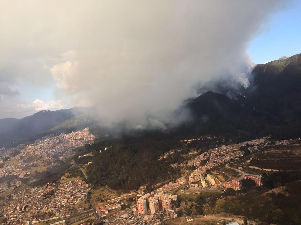 APOYO DEL ALCALDE MAYOR DE BOGOTÁ EN PMU POR INCENDIO FORESTAL EN LOS CERROS ORIENTALES7