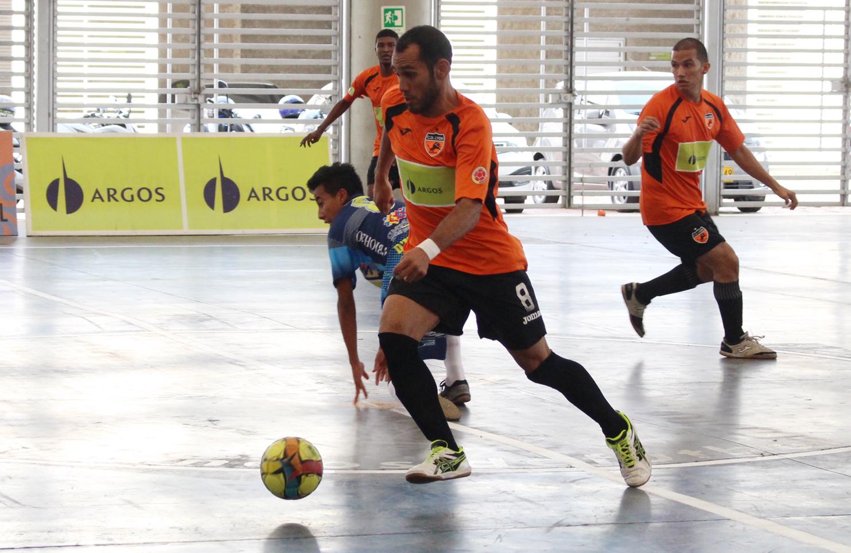 Deportivo Lyon vs. D'M… Effort