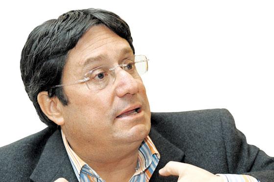 Francisco Santos 00