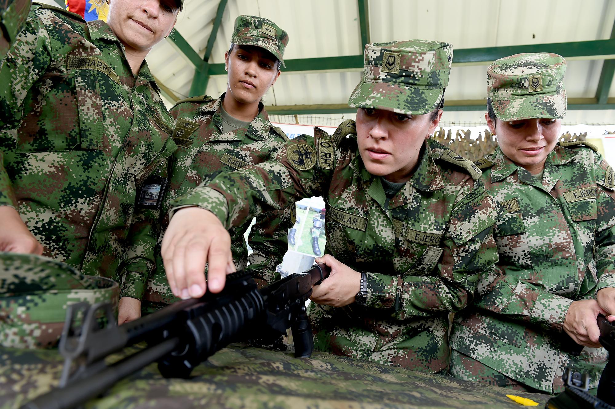 Chicas en el Ejército