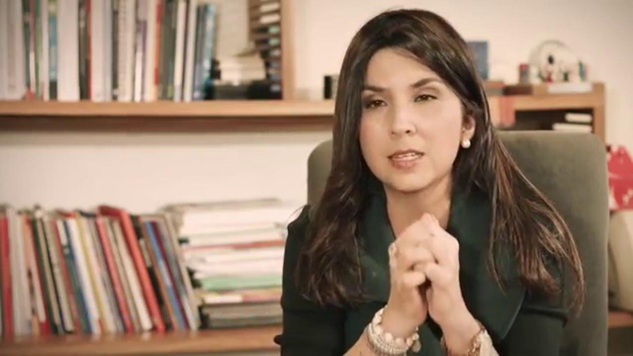 Maria Victoria Angulo,  secretaria de Educaciòn de Bogota