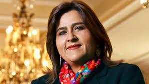 Ministra de la Presidencia  Marìa Lorena Gutierrez  encargada de MINminas