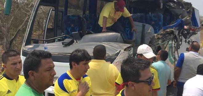 Se accidenta bus con hinchas de Ecuador rumbo a Barranquilla