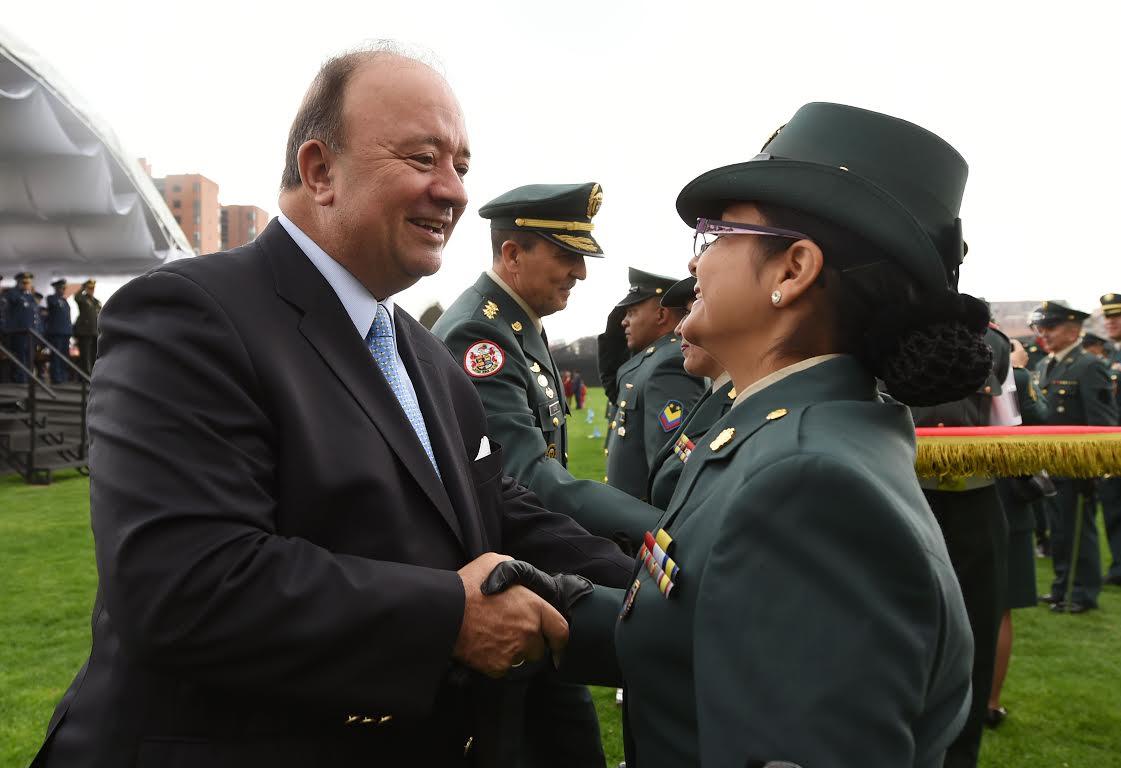 Ceremonia Ascensos a Sargentos Mayores y sus equivalentes en las FFMM5