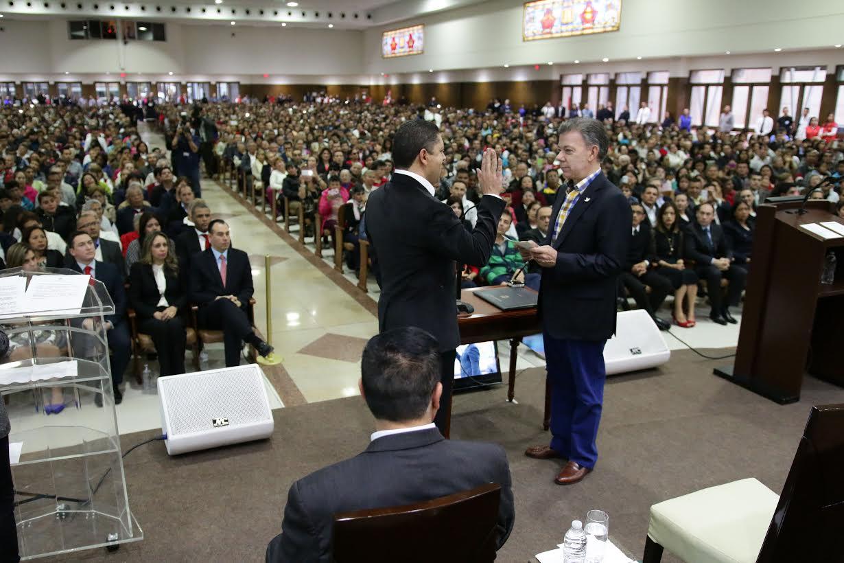 Ciudadania colombiana al pastor Agnaldo Silva de Lima