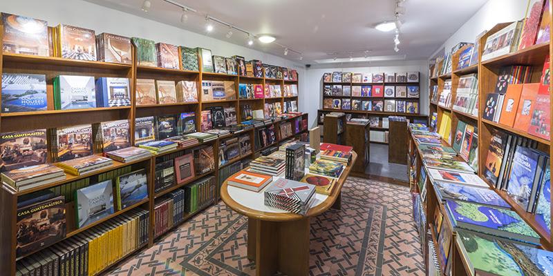 Donación de 59.291 libros sobre cultura colombiana a las bibliotecas públicas del país