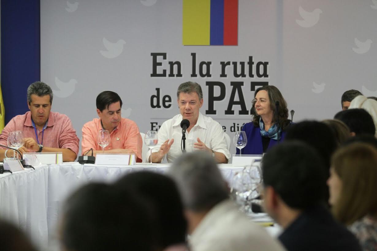 Gobierno y partidos políticos acuerdan comisión técnica para implementar el acuerdo de Participación Política en La Habana10