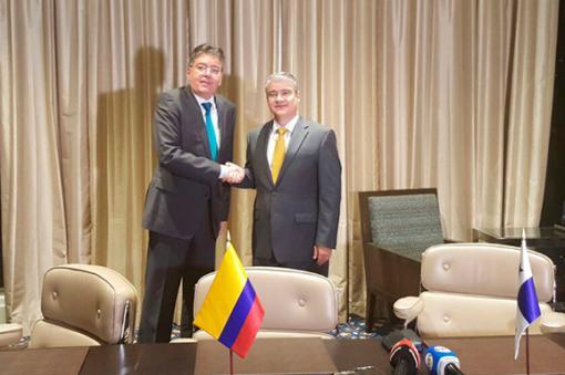 Ministros de Hacienda de Colombia y Panamá