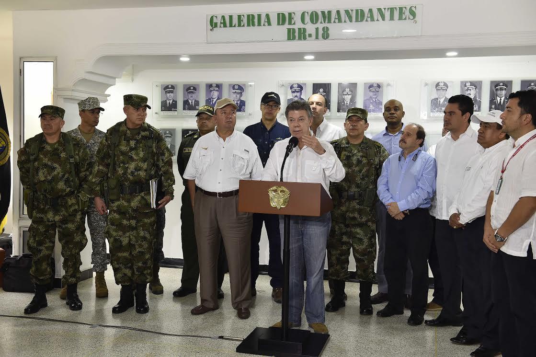 Santos ordenó a las Fuerzas Militares seguir combatiendo con todo rigor al ELN