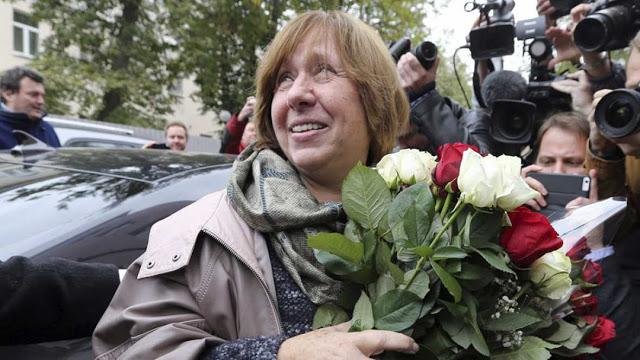 La bielorusa Svetlana Alexiévich, Premio Nobel de Literatura 2015, presente en la FILBo 2016. Foto: Agencia EFE