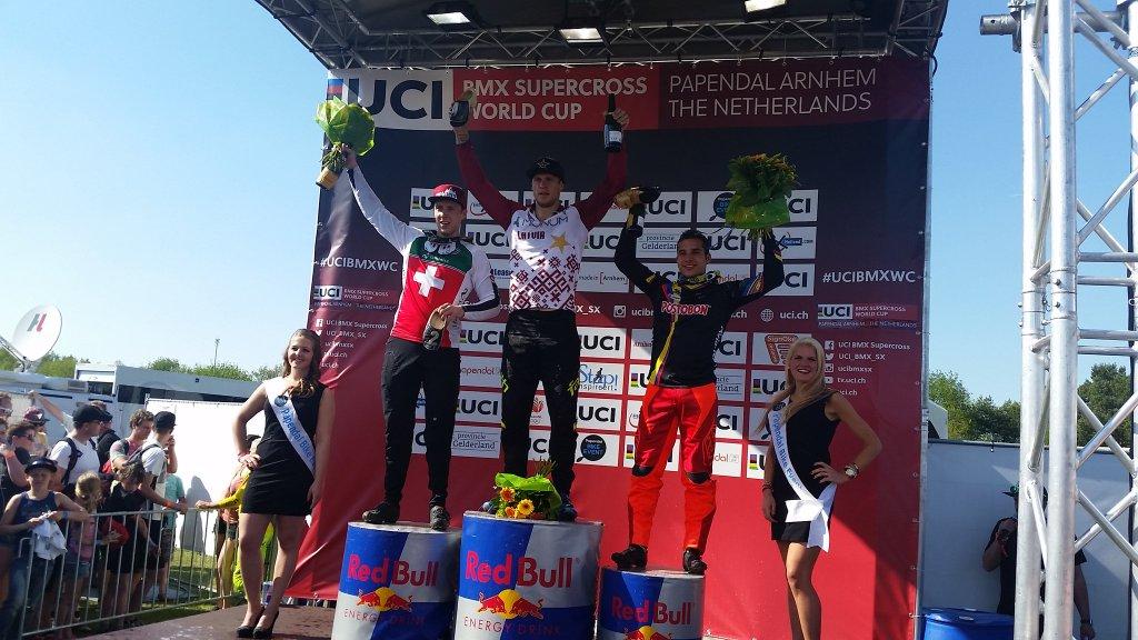 Carlos Ramírez se encumbra en la élite mundial del BMX