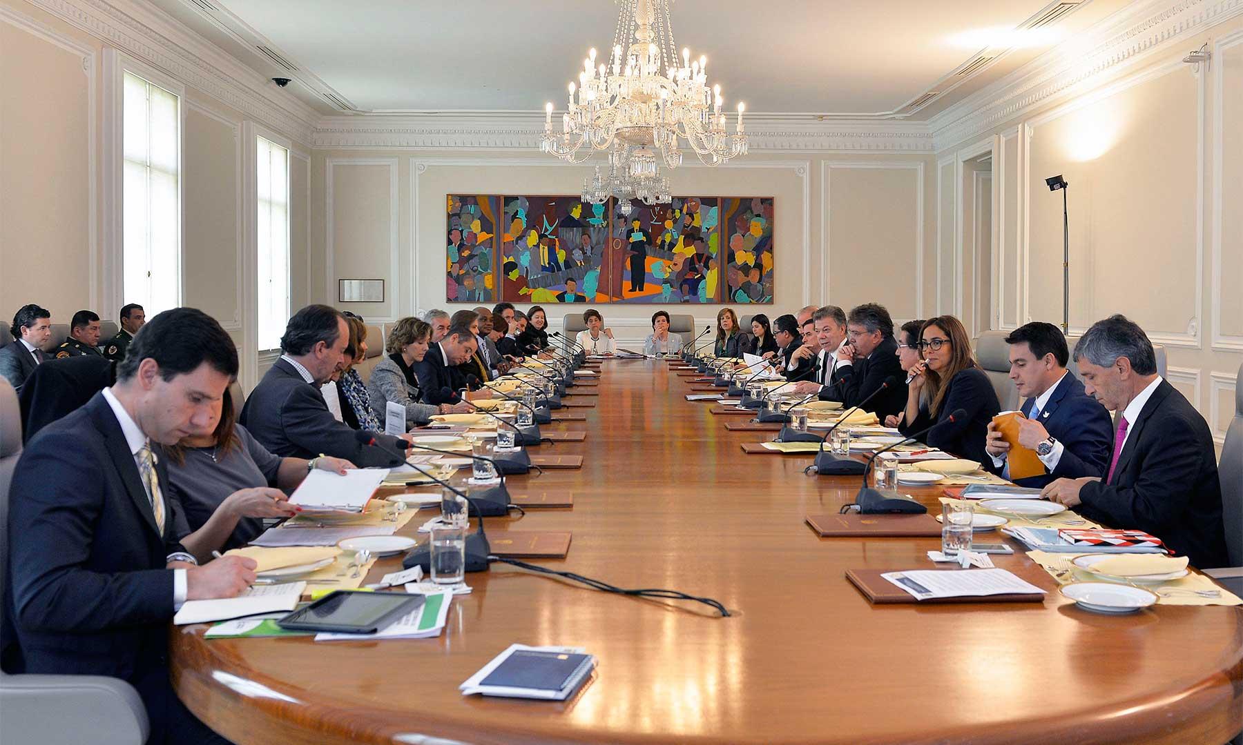 En la Casa de Nariño el Presidente Juan Manuel Santos encabeza la sesión semanal del Consejo de Ministros en la que participan los siete nuevos miembros del gabinete y la recientemente posesionada Directora de Coldeportes.