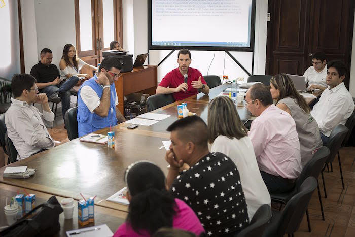 Diálogo entre el Gobierno y organizaciones campesinas del Catatumbo