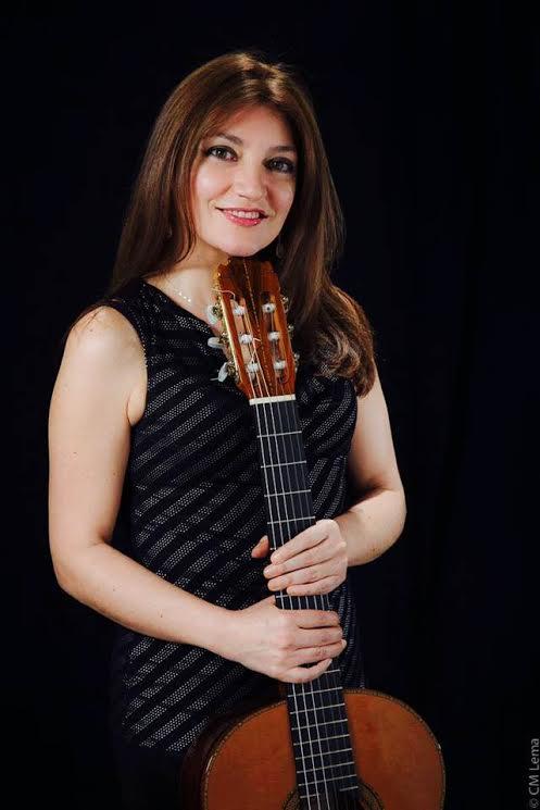 Irene Gómez, la guitarrista colombiana