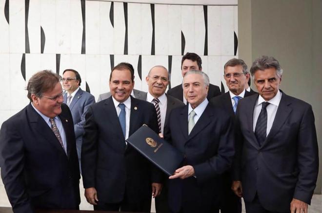 Michel Temer asume la presidencia interina de Brasil