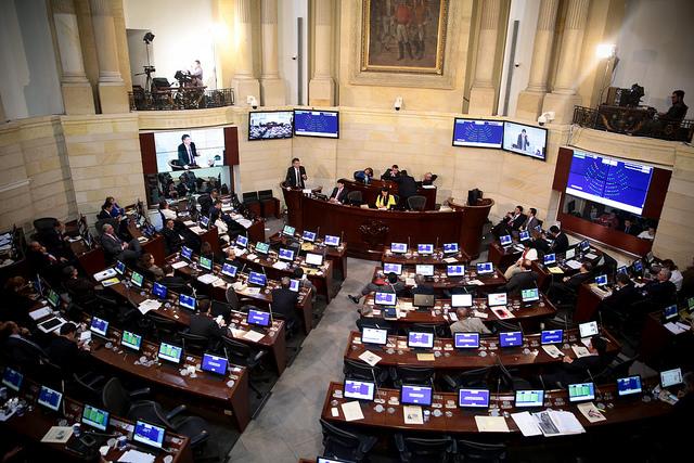Minhacienda en Plenaria del Senado 3 (2)