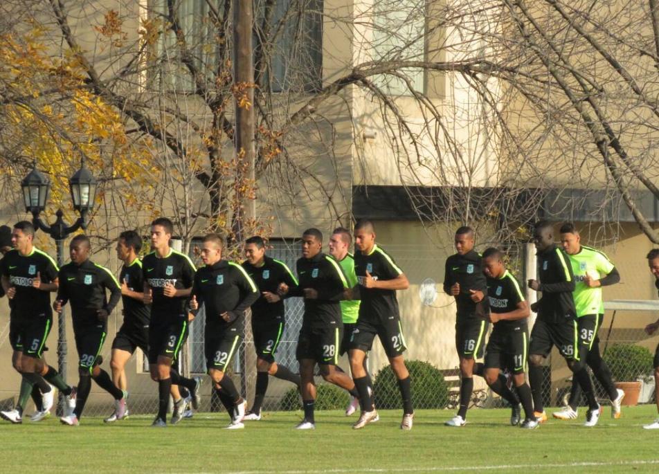 Nacional entrena en Argentina2