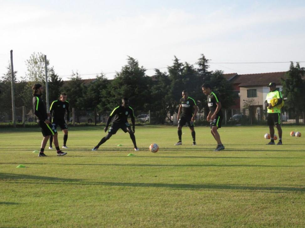 Nacional entrena en Argentina3