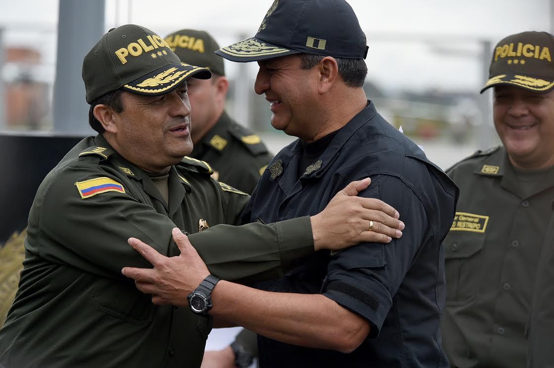 Policía de Colombia y Perú2