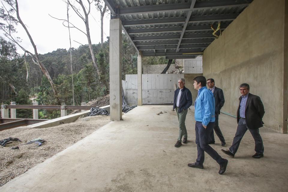 Alcalde Enrique Peñalosa pidió demoler las mansiones que arrasaron los cerros orientales2
