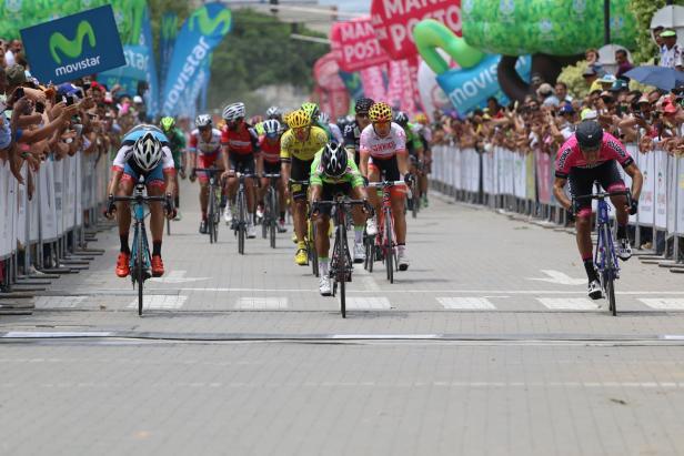El ciclista argentino se llevó el triunfo en esta fracción de 128,6 kilómetros con un tiempo de 2 horas 31 minutos y 6 segundos.