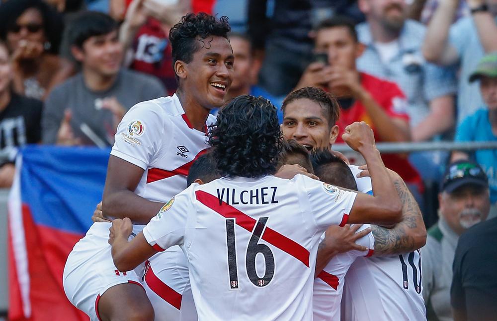 El goleador peruano Paolo Guerrero