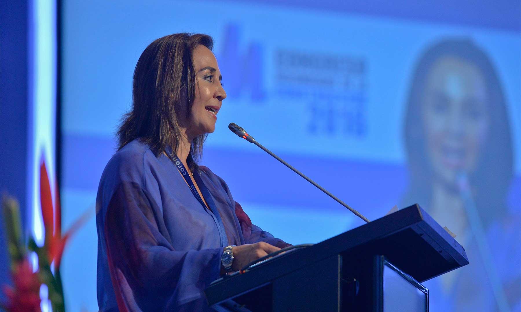 Constructores colombianos destacan crecimiento del sector y apoyan la paz