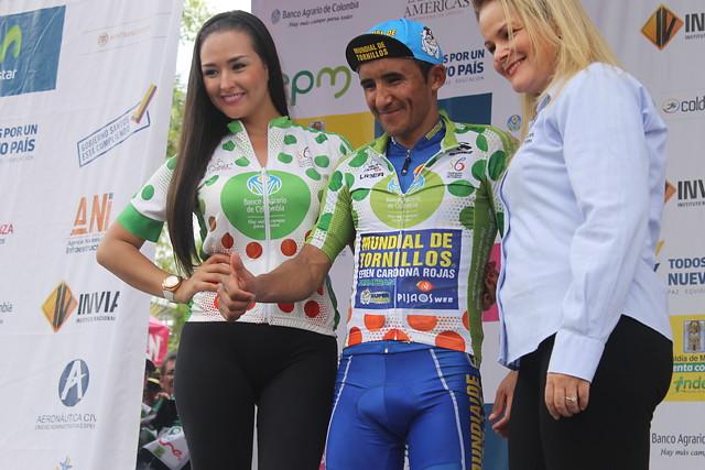 Lucas Haedo, vencedor al sprint de la tercera etapa de la Vuelta a Colombia.