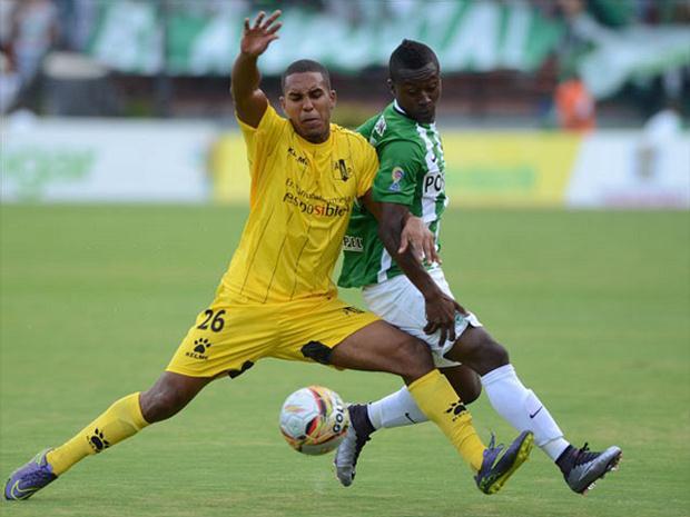 El partido que dio inicio al Torneo Finalización fue de ida y vuelta. Llovieron los goles en el Daniel Villa Zapata.