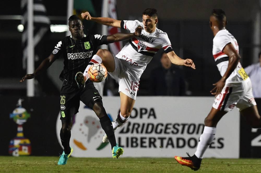 Atletico Nacional  recibe a Sao Paulo en el Atanasio Girardot