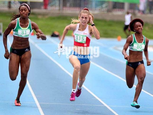 Eliecith y Evelyn Rivera clasificadas a Río 2016 en los 100 metros. Foto: Running Colombia.