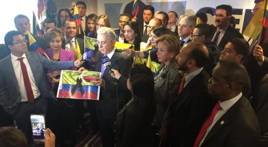 Centro Democrático presenta paquete legislativo