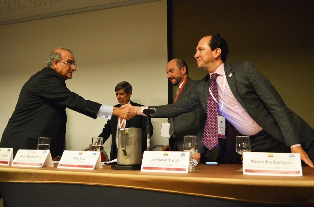 Cumbre de expertos internacionales-ACR2
