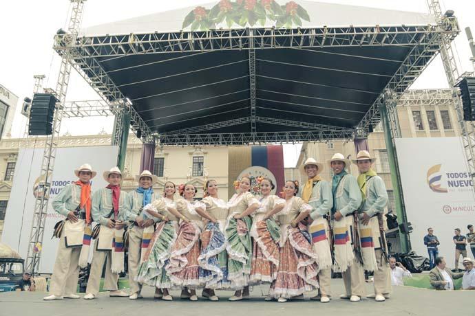 Día de Independencia desde Manizales, a ritmo de música campesina