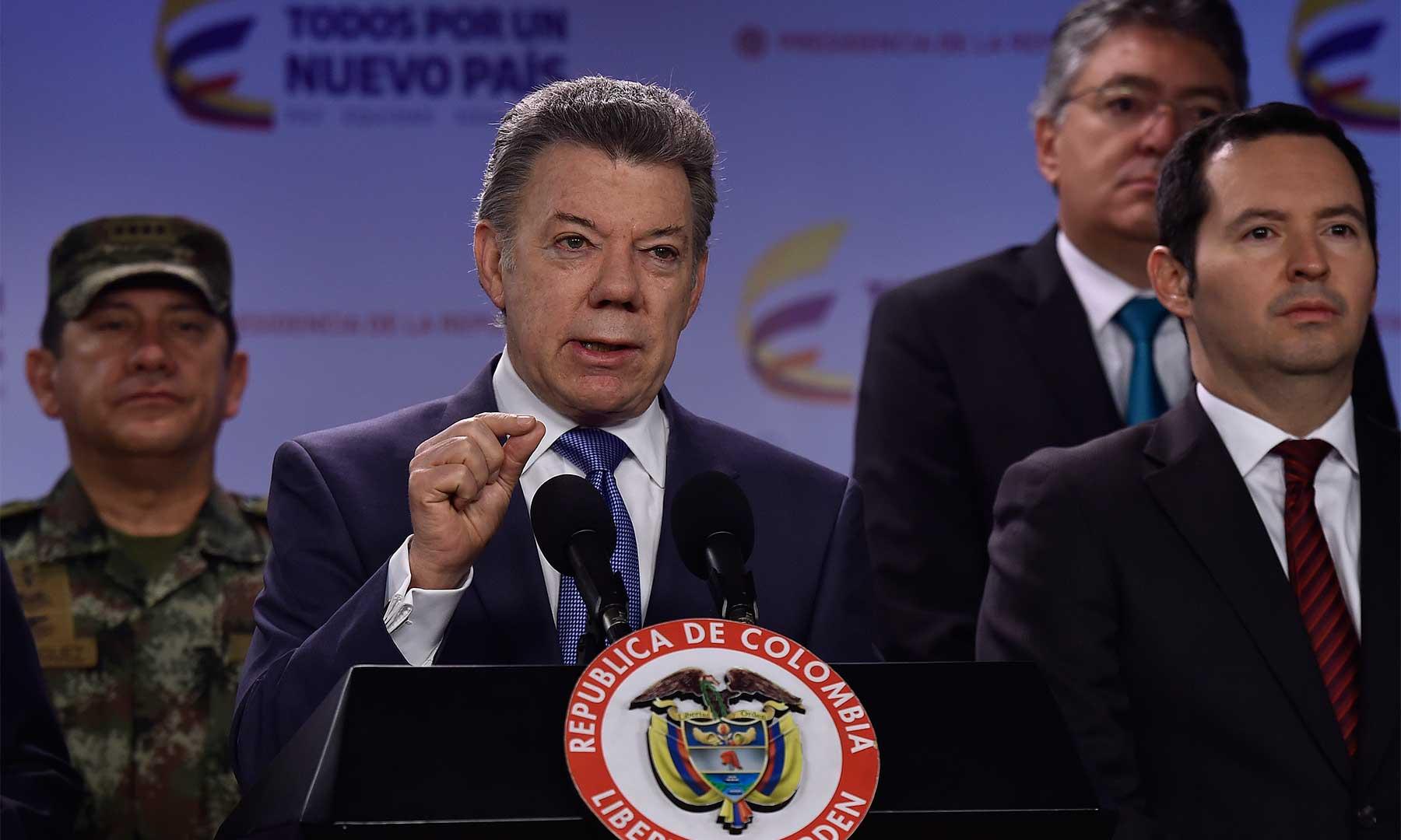 Serán 50 mil hombres de la Fuerza Pública los que garantizarán la seguridad en las vías y acompañarán las caravanas de las empresas que quieran seguir trabajando, aseveró el Presidente Santos.