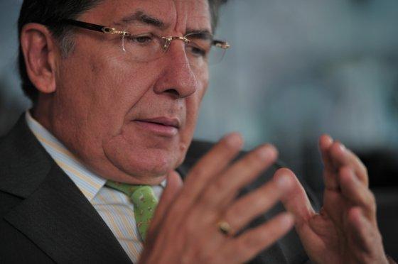 Néstor Humberto Martinez Fiscal3